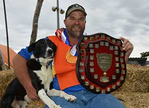 Lee Mickan, from Loxton, with his CopRice SA Yard Dog Assoc. 2018 State Champion,  Waramara Joker.